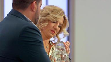 Die Superhändler - 4 Räume, 1 Deal - Lalique Vase \/ Michelin Leuchtreklame \/ Pendeluhr \/ Anker Registrierkasse