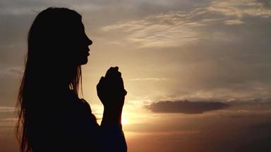 Kirchenprogramm Bei Rtl - Hilft Beten? Wünschen, Hoffen, Denken