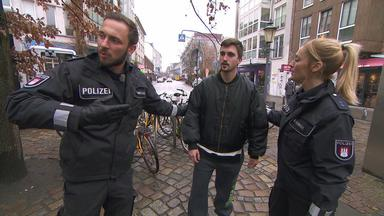 Die Wache Hamburg - Frau Wird Zum Betteln Gezwungen - Frau Fühlt Sich Bedroht - Falscher Verdacht - Das Geklaute Baby