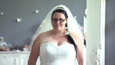 Zwischen Tüll Und Tränen - Ausnahmesituation Im Brautladen