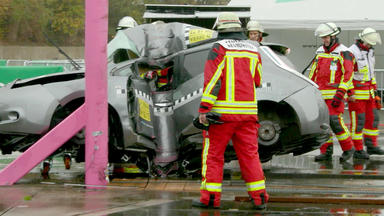 Auto Mobil - Thema Heute U.a.: E-auto Crash Mit Andi