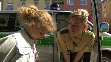 Die Straßencops - Jugend Im Visier - Fünfjährige Will Bei Den Cops Wohnen - Sohn Soll Sex Mit Freundin Des Vaters Gehabt Haben