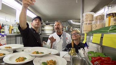 Die Kochprofis - Einsatz Am Herd - Im Bitzhof In Köln