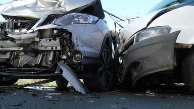 A1: Highway Patrol - Frontalzusammenstoß