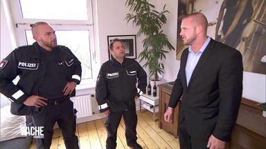 Die Wache Hamburg - Der Hochstapler - Omi Will Die Zeche Prellen - Lucas Cousin Will Ihm Nacheifern - Nachricht Von Björ