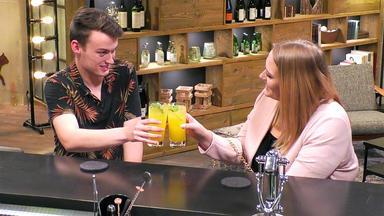 First Dates - Ein Tisch Für Zwei - Larissa Und Klaas