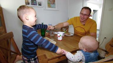 Mensch Papa! Väter Allein Zu Haus - Sendung Vom 09.12.2019