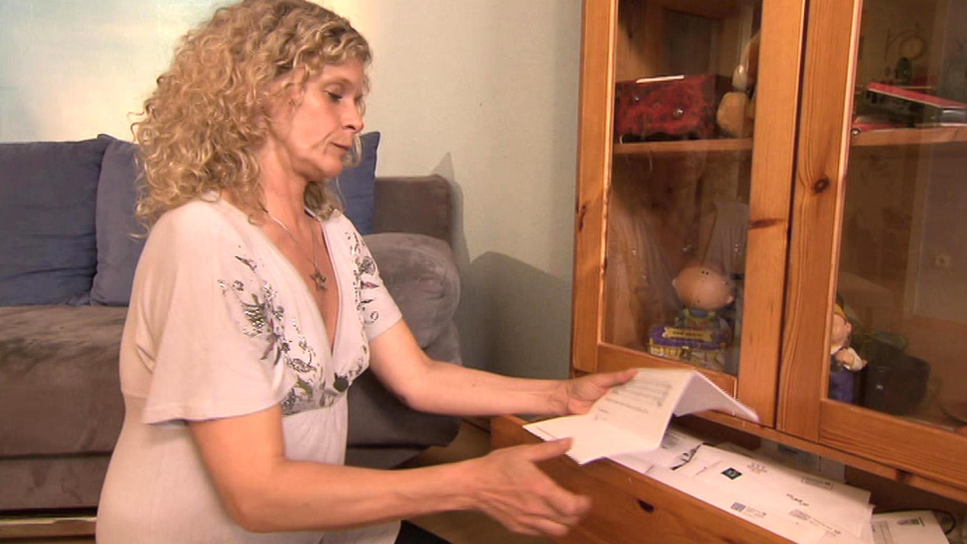 Verschuldete Mutter deckt Erbskandal auf | Folge 22