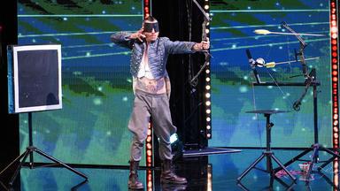 Das Supertalent - Singender Elvis, Spielendes Schwein Und Blind Schießender Cowboy