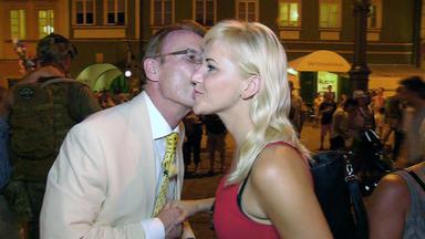 Traumfrau Gesucht - Dennis Hat Ein Romantisches Date In Sankt Petersburg.