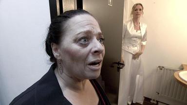 Verdachtsfälle - Schwiegermutter Erwischt Braut Beim Fremdgehen