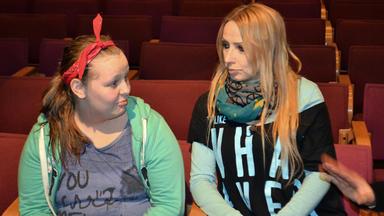 Teenager In Not - Linda Und Ann-katrin