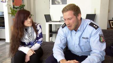 Verdachtsfälle - Junger Polizist Erfährt, Dass Er Eine Halbschwester Hat