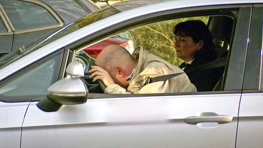 Verdachtsfälle - Fahrschüler Verursacht In Prüfung Absichtlich Einen Unfall