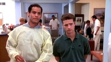 Beverly Hills 90210 - Mr. Walsh Geht Nach Washington (teil 1)