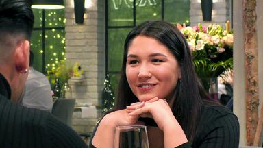 First Dates - Ein Tisch Für Zwei - Anna Und Saya