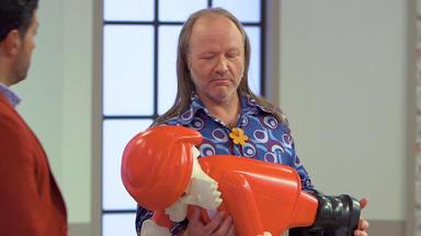 Die Superhändler - 4 Räume, 1 Deal - Playmobilfigur Weihnachtsmann \/ 4711 Vitrine \/ Lampe \