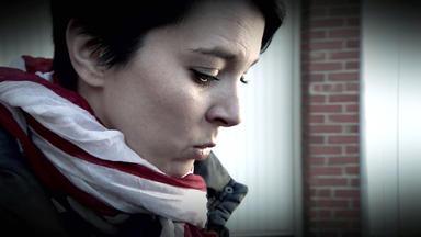 Verdachtsfälle - Frau Findet Peilsender In Ihrer Tasche