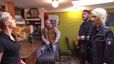 Die Wache Hamburg - Das Verprügeltes Muttersöhnchen - Kleider-klau - Rapper From Hell - Ohne Hoffnung