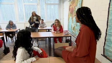 Krass Schule - Die Jungen Lehrer - Die Knackarsch Challenge