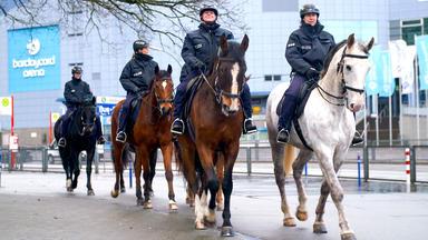 Polizeipferde Im Einsatz - Folge Vom 04.09.2021