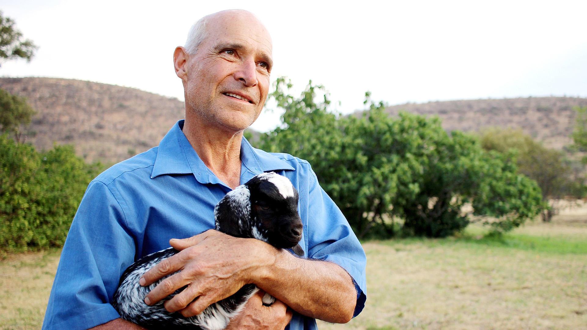 Viehzüchter Gerhard begrüßt seine Hofdamen in Südafrika | Folge 3