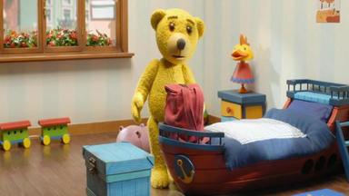 Benedikt, Der Teddybär - Schwimmspaß