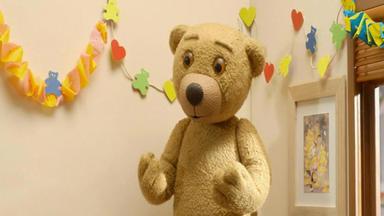 Benedikt, Der Teddybär - Das Geburtstagsgeschenk