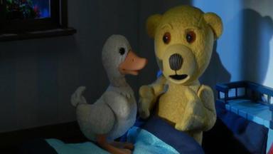 Benedikt, Der Teddybär - Schweres Gewitter