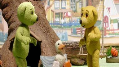 Benedikt, Der Teddybär - Ente In Not