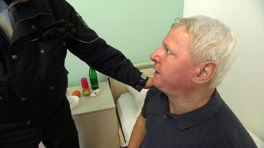 Verdachtsfälle - Dreister Reha-patient Fragt Sich Sich, Wer Es Auf Ihn Abgesehen Hat