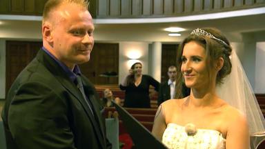 4 Hochzeiten Und Eine Traumreise - Tag 1: Petra Und Jens, Neumünster
