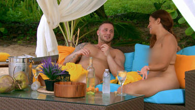 Dating Naked - Joe Und Wee Wee