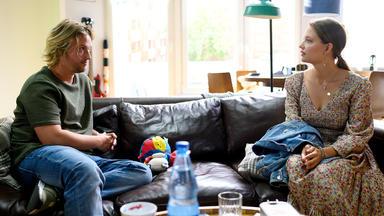 Alles Was Zählt - Finn Versucht, Sich Wieder Mit Nathalie Zu Versöhnen