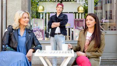 Gzsz - Moritz Sucht Bei Sunny Und Emily Nach Anschluß