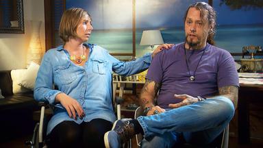 Verdachtsfälle - Ungleiche Paare: Aktive Rollstuhlfahrerin Liebt Faulen Couch-potatoe \/ Die Polizistin Und Der Ex-kna