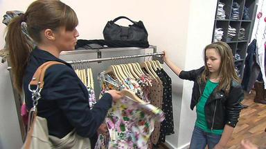 Familien Im Brennpunkt - 10-jährige Bestimmt, Wie Eltern Sich Anziehen
