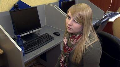 Familien Im Brennpunkt - 18-jährige Hat Angst, Dass Ihre Internet-lügen Auffliegen