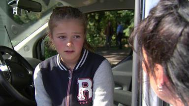 Verdachtsfälle - 10-jährige Verschwindet Mit Fremdem Mann In Gebüsch\/ekelpärchen Will Wellnessbereich Nich