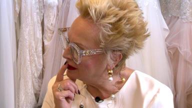 Zwischen Tüll Und Tränen - Brautprofi Trifft Auf Maßschneiderin