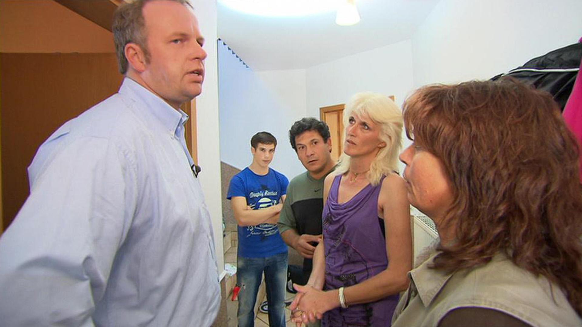 Griechische Haustauschfamilie lässt es in Lehrerhaushalt krachen | Folge 88