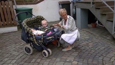 Verdachtsfälle - Frau Findet Zwillinge Vor Der Haustür