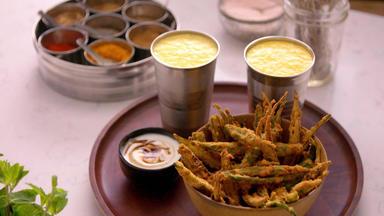 Die Besten Rezepte Der Indischen Küche - Feurige Okra-chips Und Mango Lassi
