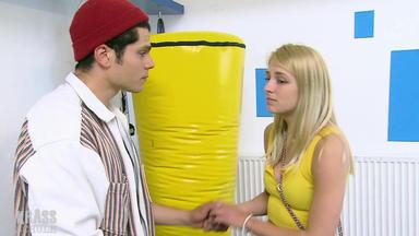 Krass Schule - Die Jungen Lehrer - Das Perfekte Erste Mal!