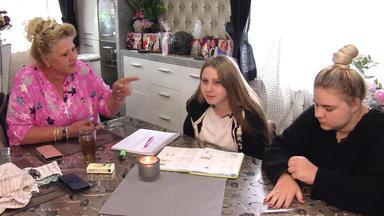 Die Wollnys - Eine Schrecklich Große Familie! - Die Wollny-kids Sind Pleite!
