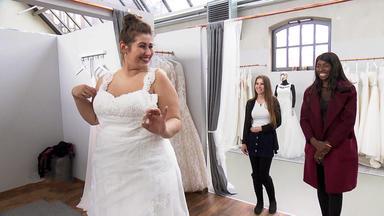 Zwischen Tüll Und Tränen - Plus Size Braut