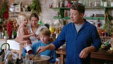 Jamie Oliver: 7 Mal Anders - Familienrezepte Für Die Ganze Woche - Salbei-hähnchen Und Britische Bolognese