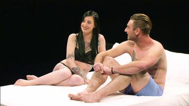 Undressed - Das Date Im Bett - Stefan Und Nicole