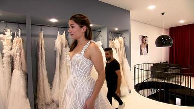 Zwischen Tüll Und Tränen - Brautkleid Für Ein Neues Leben