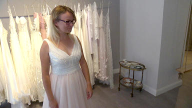 Zwischen Tüll Und Tränen - Blind Date Mit Einem Brautkleid